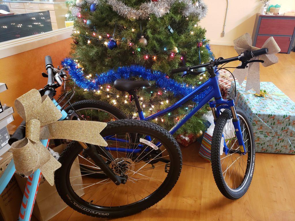 Autometrix Christmas Tree